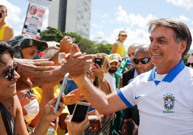 """Esquerda começa a se desesperar com apoio popular de Bolsonaro: """"sem a pandemia será difícil bater ele"""""""