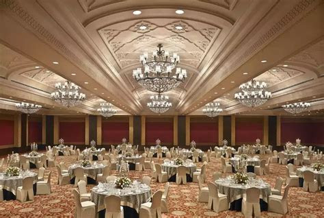 What are the top 5 venues for a wedding reception in Delhi