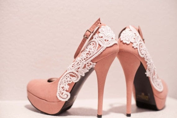 Pink Pumps with White Venise Lace ... Size 5.5