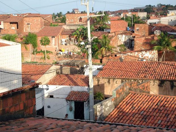 Comunidade do Pirambu, em Fortaleza, é o 7º maior aglomerado urbano do Brasil, segundo IBGE. (Foto: Giselle Dutra / G1 CE)