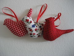 Passarinhos (Silvia Sartrio) Tags: bird natal handmade passarinho patchwork tecido tildas