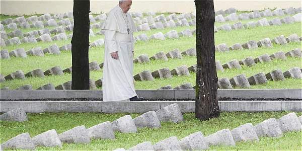 El papa Francisco durante la homilía en el cementerio militar de Fogliano Redipuglia.
