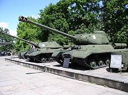 IS-2 e IS-3.