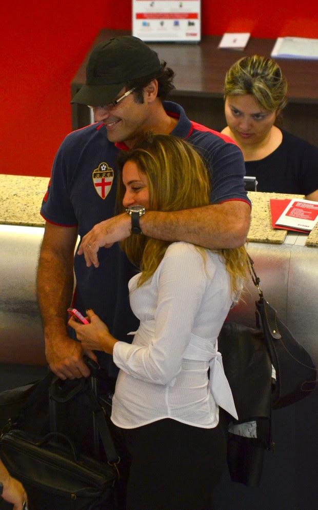 Luciano Szafir e noiva grávida (Foto: FotoRioNews / William Oda)