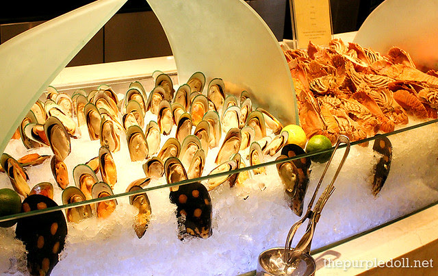 Mussels and Spiny Lobster (Banagan) at Spiral Sofitel Manila