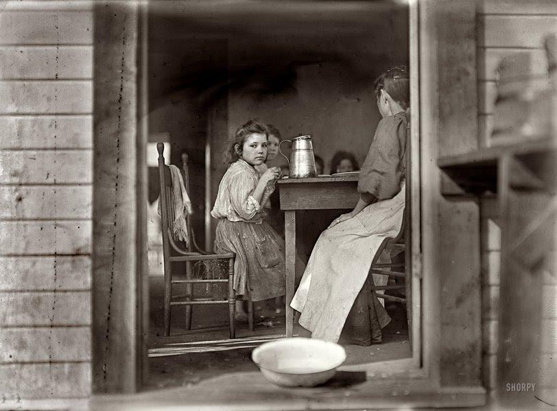 Dinner Time: 1909