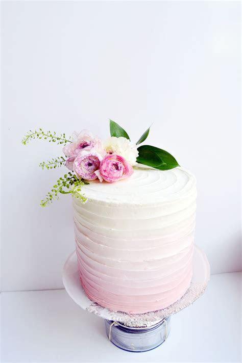Best 25  Buttercream cake ideas on Pinterest   Buttercream