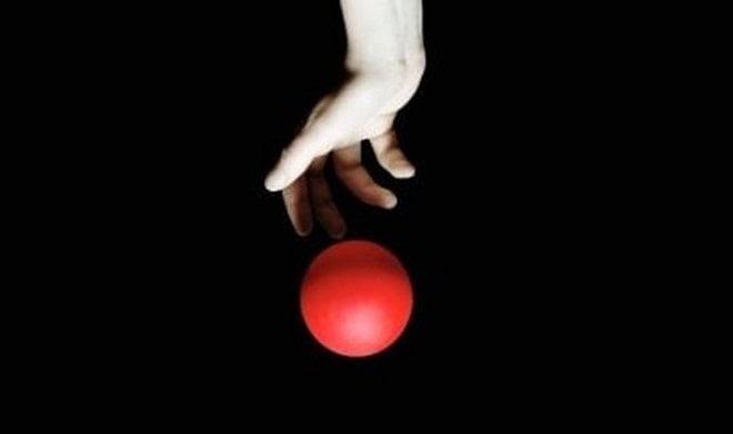 Что будет, если уронить шарик с высоты 1 км на разных планетах