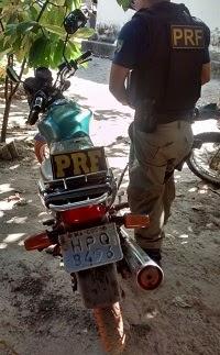 Caxias: PRF recupera na BR 316 motocicleta roubada