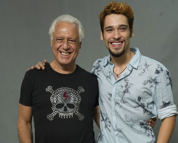 Na novela, Antonio contracena com o filho, o estreante Bruno Fagundes (Foto: Estevam Avellar//TV Globo)