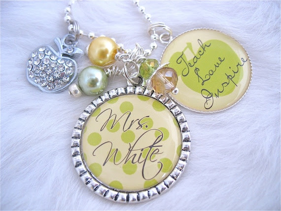 Personalized TEACHER GIFT Elegant Yellow Polka Dot, Bottle cap Necklace, Teacher Appreciation Gift Mother TEACH love inspire, Learning