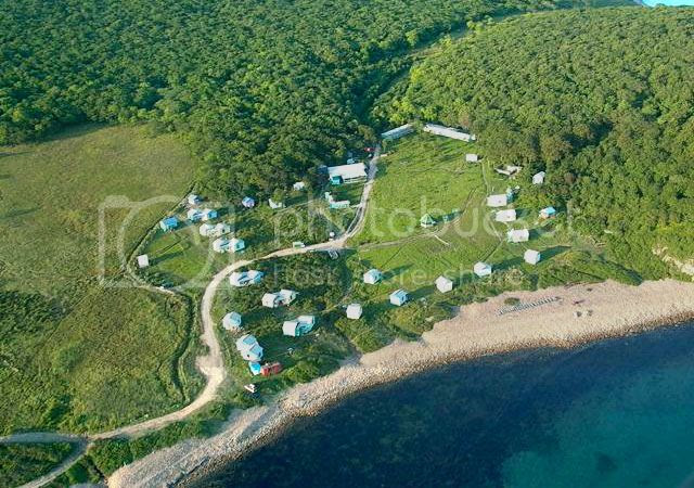 A bird's-eye view of Popov Island