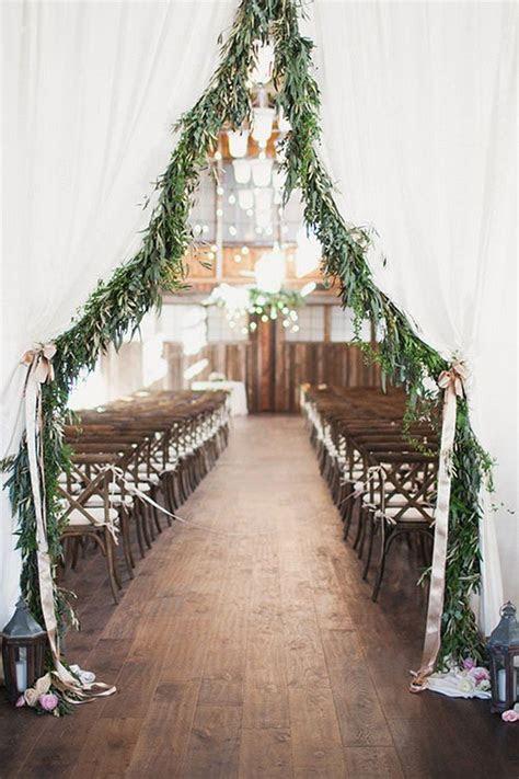 10 Amazing Wedding Entrance Decoration Ideas for Ceremony
