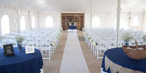 On Sunny Slope Farm Weddings   Get Prices for