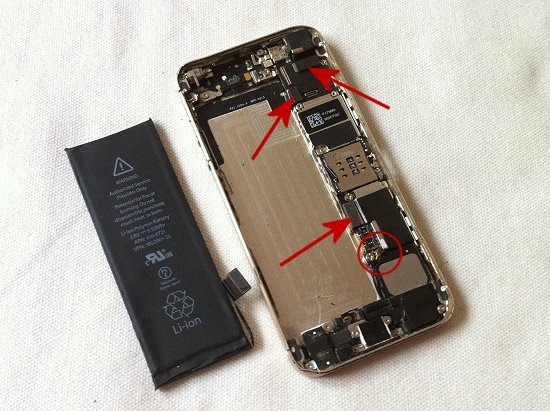 iPhone 5S disassembly stage 26