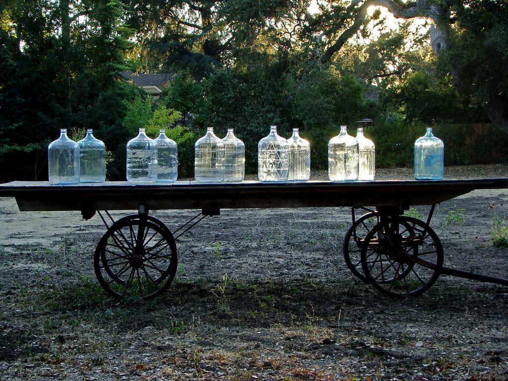 DSC02679 James Witt bottle cart