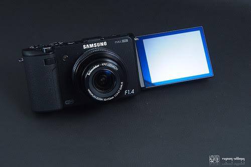 Samsung_EX2F_intro_02