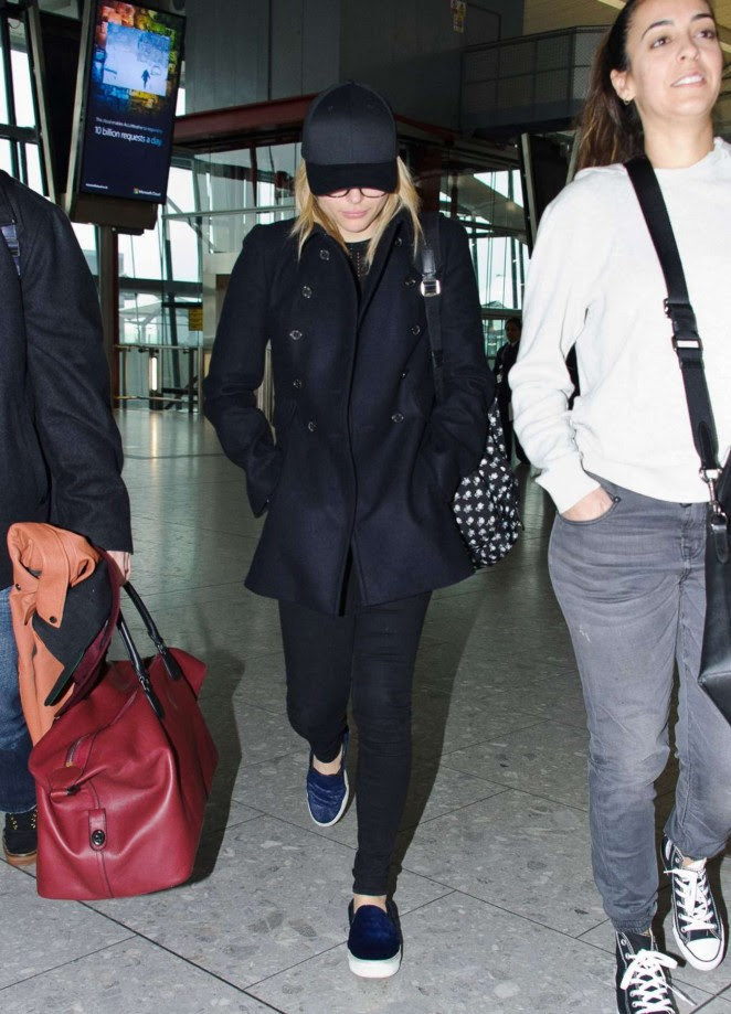 Chloe Moretz: Heathrow Airport -05
