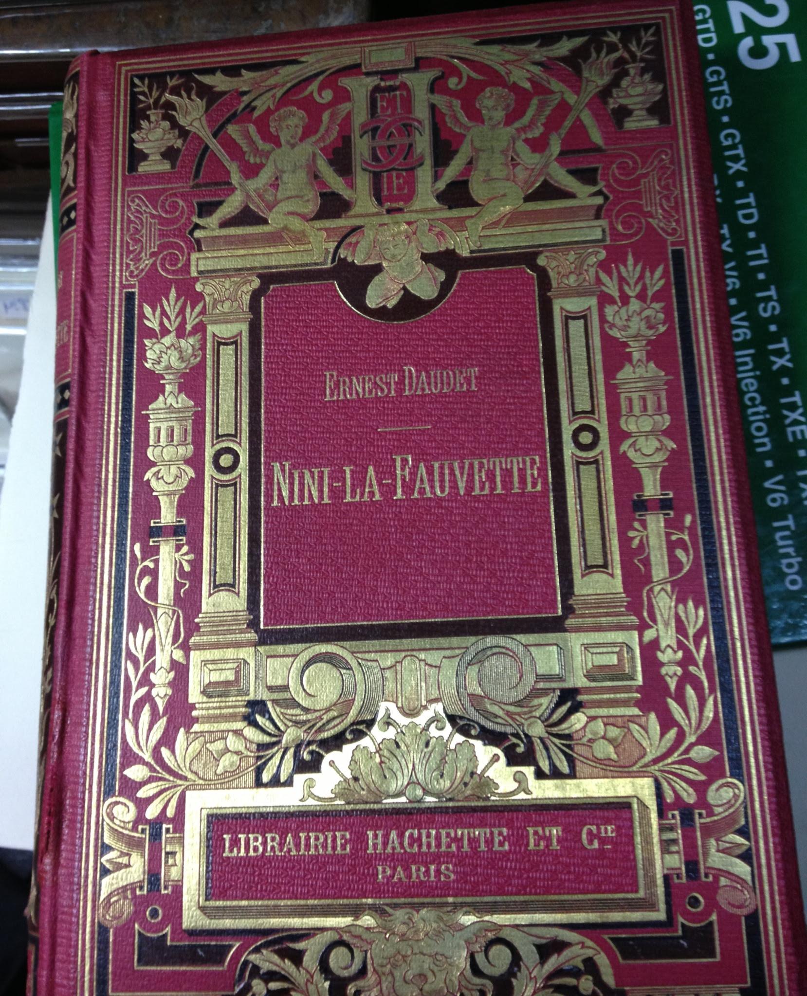 HachetteBook copy