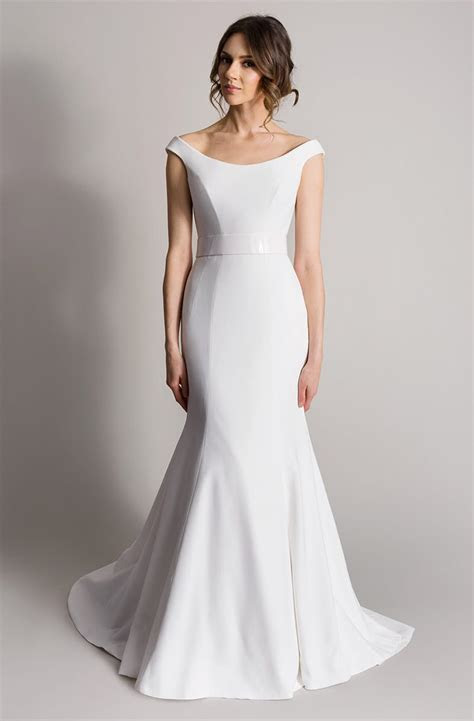 Suzanne Neville Aria wedding dress   Sell My Wedding Dress