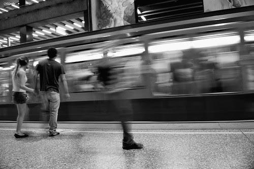 Metro U. de Chile by Alejandro Bonilla