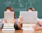 Miles de cartas para frenar textos escolares sobre género en Francia