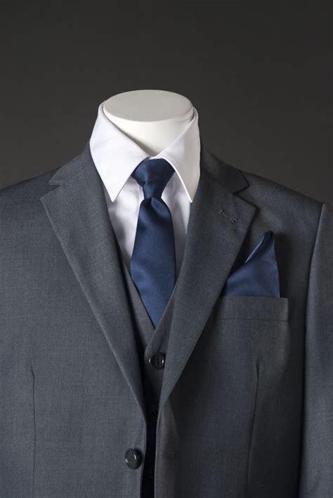 tuxedos  match navy blue dresses navy blue wedding