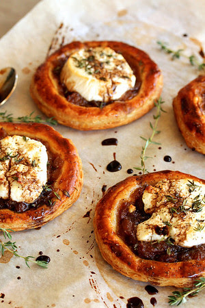 caramelized onion tart and 20 Thanksgiving Day Recipes and a Bonus Turkey Leftover Recipe