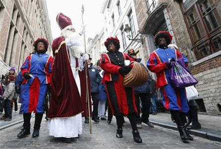 Should the Dutch end the Black Pete Christmas tradition ...