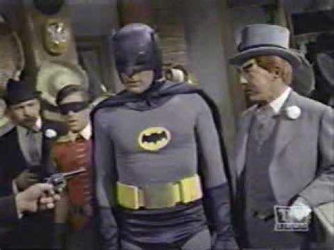 Robin?s ?Holy?   Bat Mania
