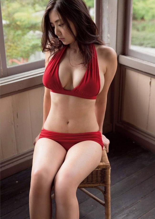 """Đường cong """"ảo tung chảo"""" của mẫu Nhật mang nhóm máu hiếm - 4"""