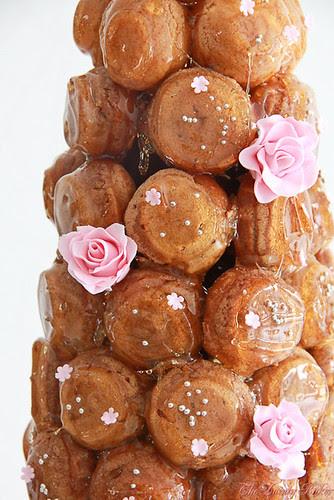 Croquembouche wedding cake-6
