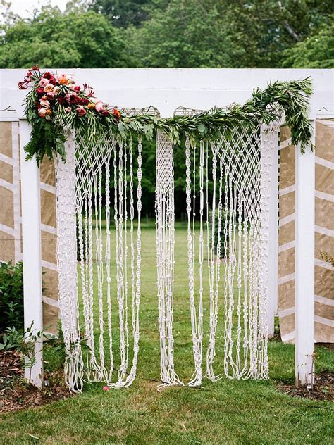 18 Coachella Trends Every Boho Wedding Needs   Ceremony