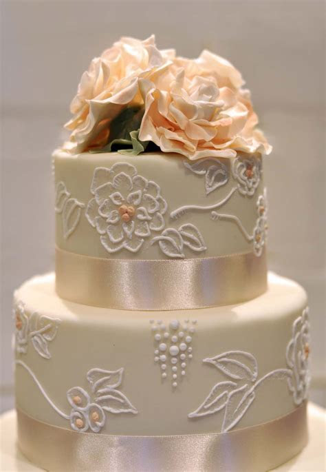 Wedding Cakes   Sarah Hardy