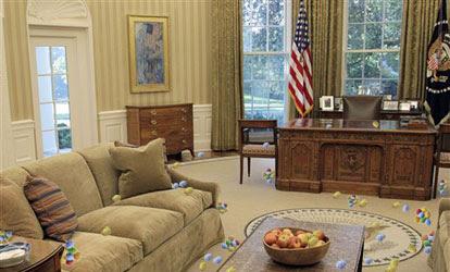 2011 White House Easter Egg Roll / Hunt inside Oval Office
