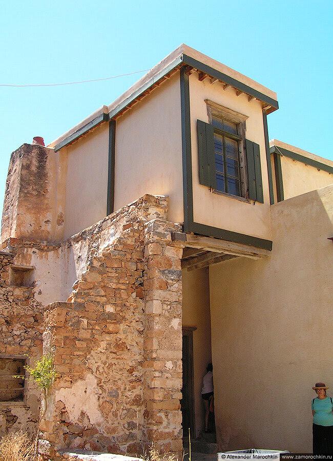 Здание лепрозория на острове Спиналонга, Греция