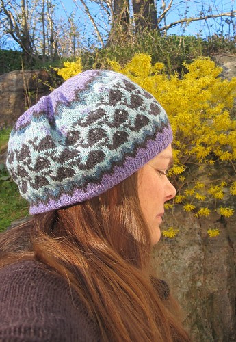 Whale watch hat