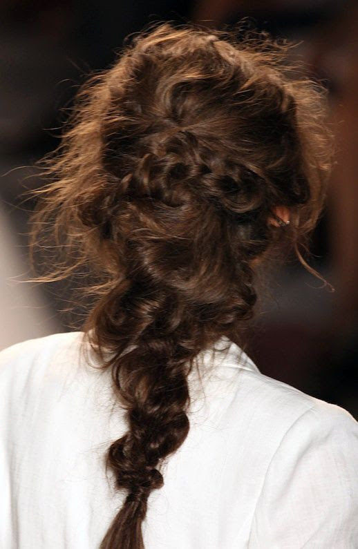 LE FASHION BLOG HAIR INSPIRATION 3 ROMANTIC UNDONE LOOKS MESSY LOOKS BRAIDS KNOTS TWISTS HAIR TUTORIAL WEDDING HAIR INSPIRATION RACHEL ZOE SS 2013 COLLECTION BEAUTONOMY 1 photo LEFASHIONBLOGHAIRINSPIRATION3ROMANTICUNDONELOOKS1.jpg