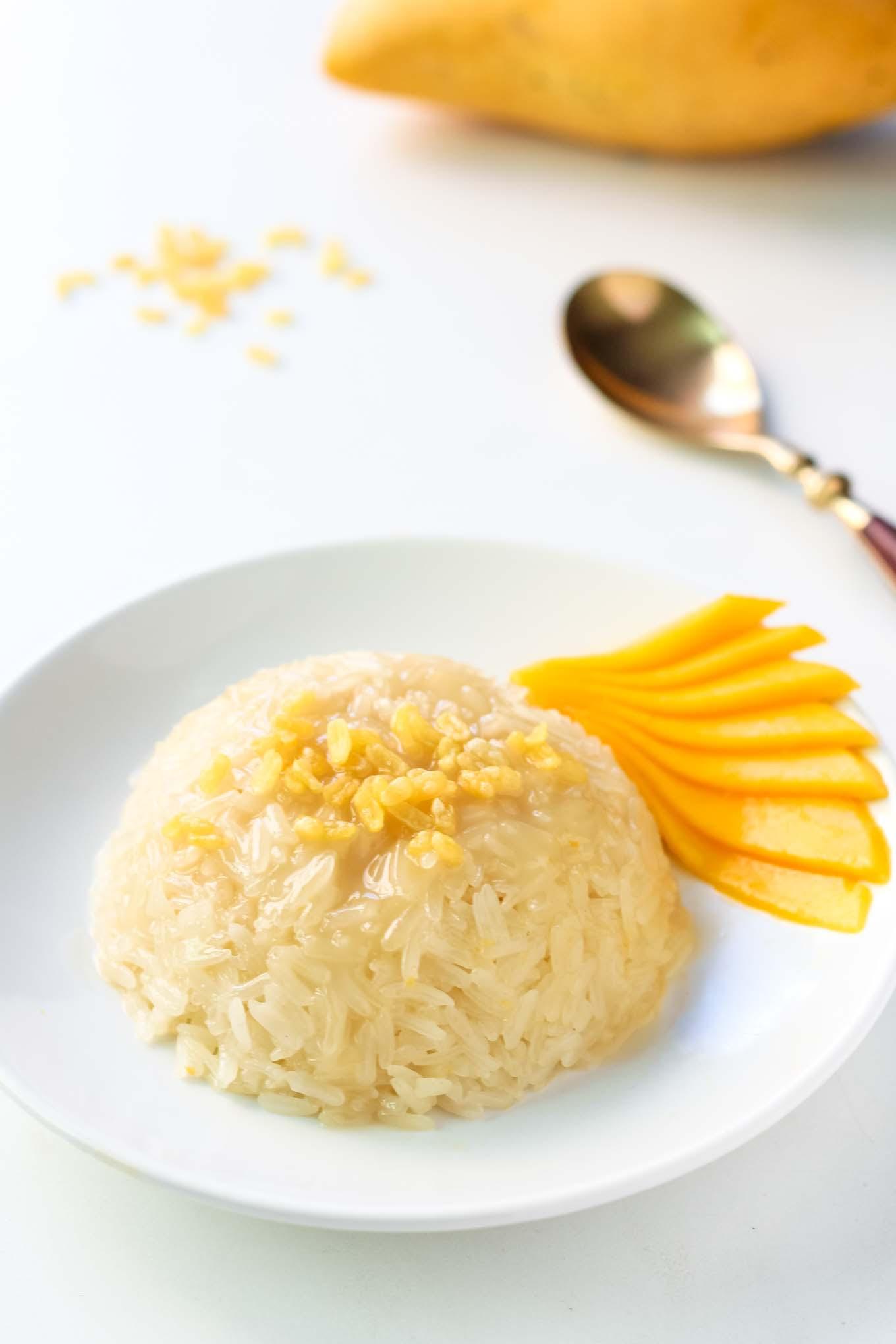 Thai Mango Sticky Rice Dessert Recipe - LeelaLicious