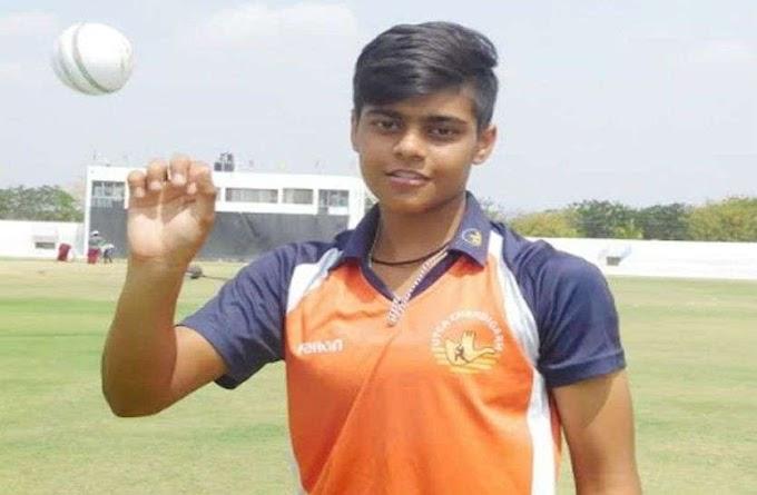 महज 16 साल की उम्र में किया बड़ा कारनामा, गौतम ने वनडे में हैट्रिक समेत झटके 10 विकेट