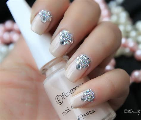 40  Amazing Bridal Wedding Nail Art for Your Special Day