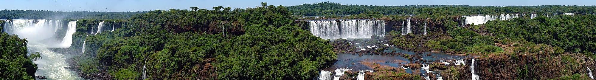 منظر بانورامي للشلالات من البرازيل