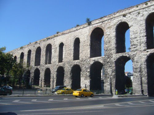 Valens Aqueduct, Constantinople