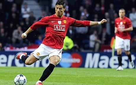 Cristiano Ronaldo superstrike sends Manchester United through to face Arsenal