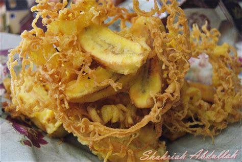 writers cooking pisang goreng rangup