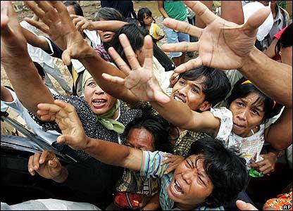 http://newsimg.bbc.co.uk/media/images/42557000/jpg/_42557055_ap_relief416.jpg