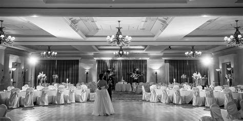 Tampa Marriott Waterside Hotel & Marina Weddings