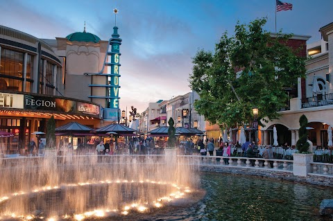 Movies At The Grove Los Angeles