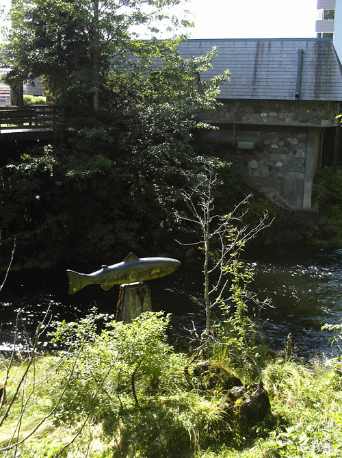 Ketchikan Creek with King Salmon sculpture