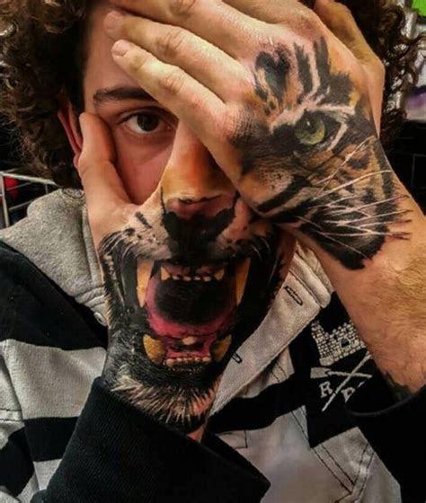 amazing hand tattoos ink